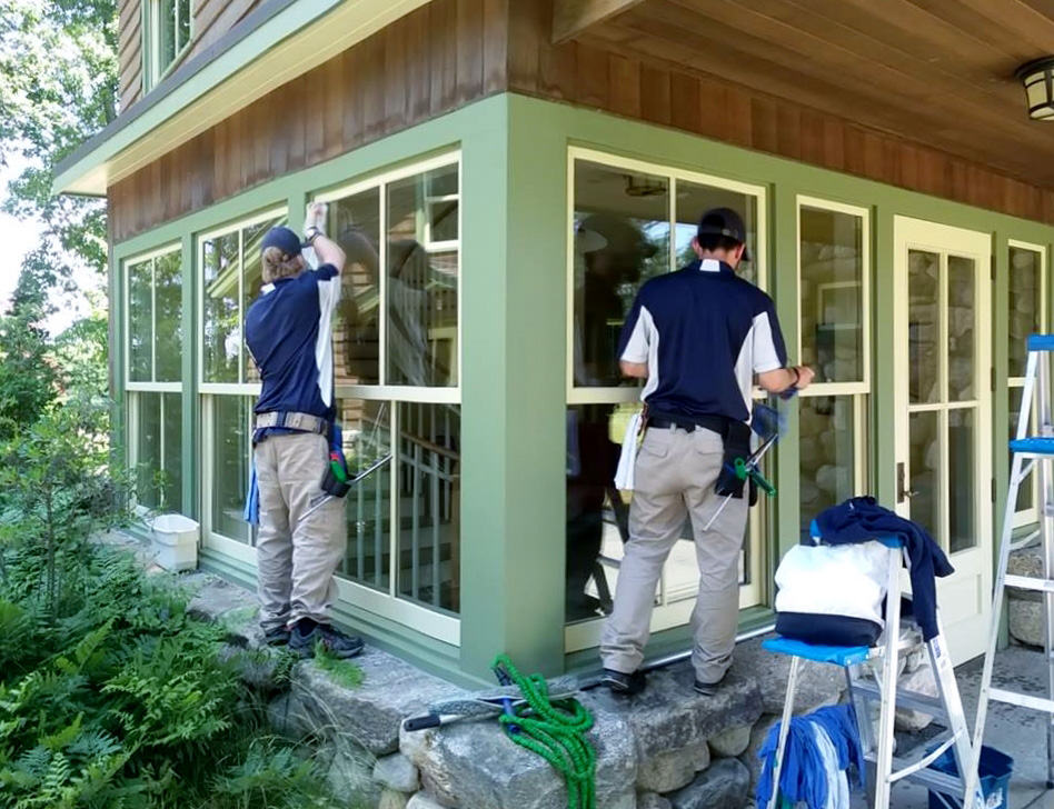 Commercial Window Cleaning Home